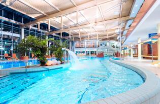Paradiesische Entspannung auf 4.500 m² Wellnesslandschaft in Thüringen