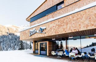Winterurlaub in den Bergen, direkt im malerischen Skigebiet Axamer Lizum