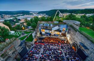 Verdis packende Oper auf Schloss Hellenstein unter freiem Himmel erleben