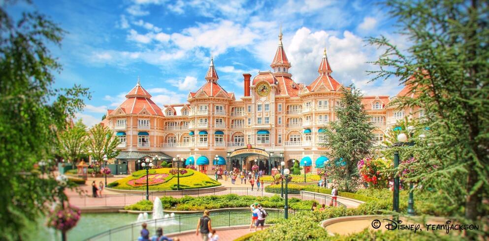 Disneyland® Paris 25744
