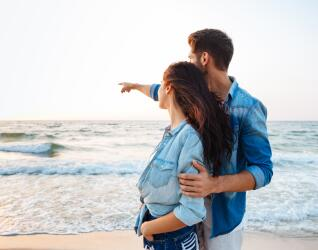 Paar beim Wellnessurlaub an der Nordsee