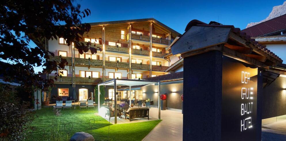 Hotel Der grüne Baum 26425