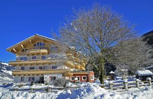 Zillertal Arena: Schneeverwöhnter Urlaub mit kulinarischen Highlights