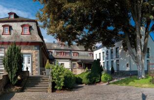Das romantische Brohltal und die Vulkaneifel in barockem Palast erkunden