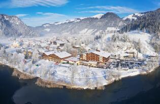 Winterurlaub für die ganze Familie in den traumhaften Tiroler Bergen