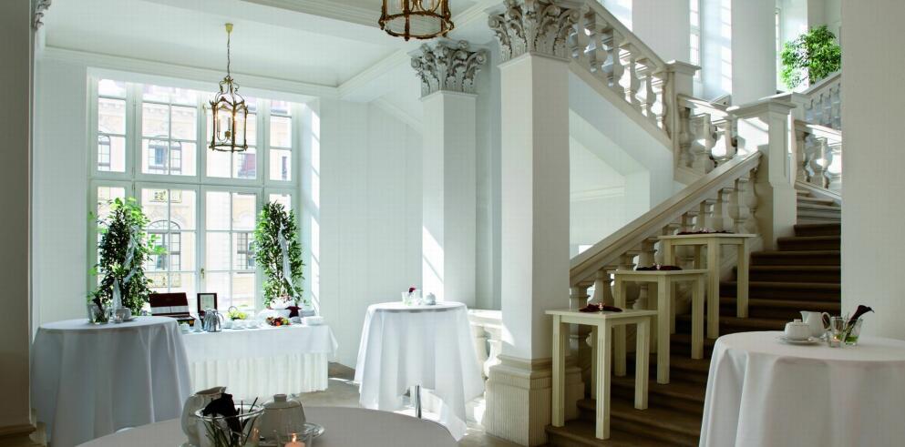 Hotel Taschenbergpalais Kempinski 300