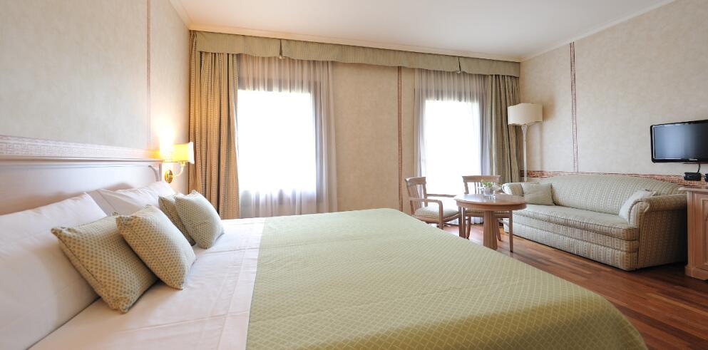 Hotel Roxy Plaza 3024