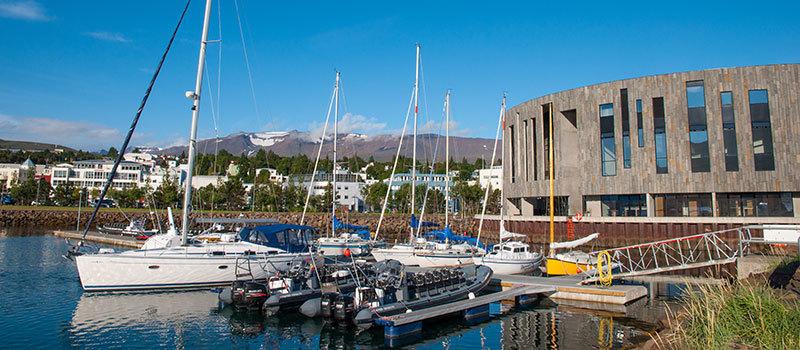 Blick auf Akureyri Hafen