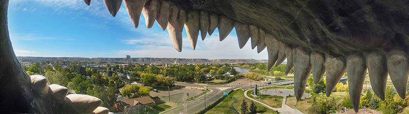 Ausblick aus dem weltgroessten Dinosaurier