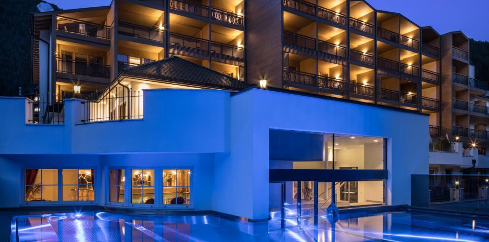 Hotel & Spa Falkensteinerhof 33926