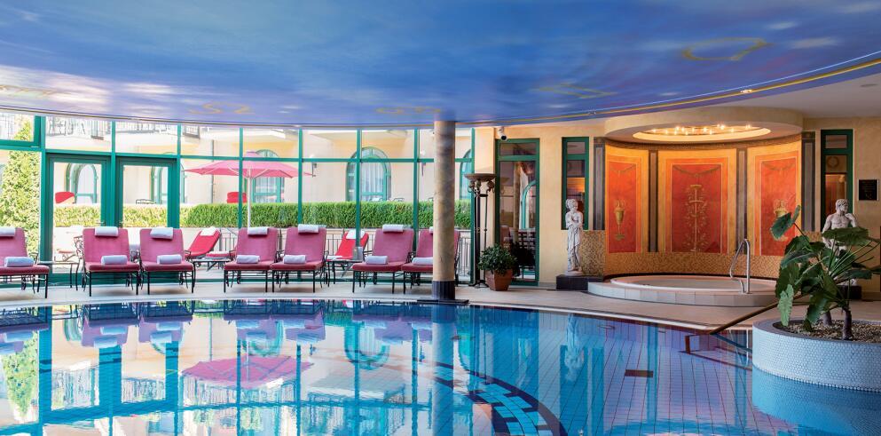 Victor's Residenz-Hotel Schloss Berg 33928