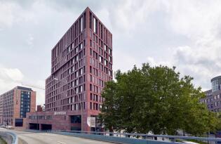 4* Hyperion Hotel in Hamburg