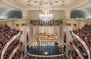 Im ältesten Opernhaus der Stadt hochkarätige Meisterwerke erleben