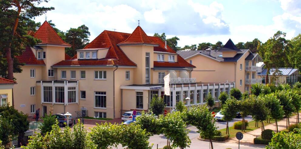 Strandhotel Baabe 3500