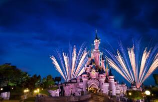 Das DELUXE Disneyland® Erlebnis mit Übernachtung innerhalb des Resorts