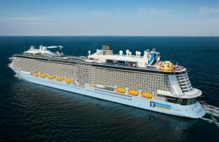 Mit dem neuen Premium-Schiff: Singapur - Vietnam - Hong Kong - Shanghai