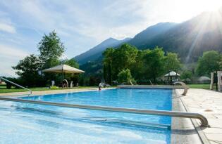 4* Wiesenhof Garden Resort in St. Leonhard