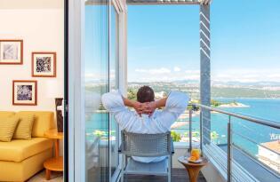 Luxus Traumurlaub mit sonniger Terrasse direkt an der Adria