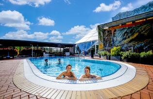 Eine Auszeit der Extraklasse mit Saunawelt, Erlebnisbad und Wellnessoase