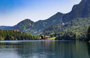 Zwischen Schlössern, See und Spa: Hier werden Märchen Wirklichkeit