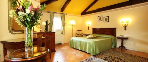 Doppelzimmer im Hotel Tenuta della Guardia – Hotel Podere del Castellare – Park Hotel Villa Fiorita