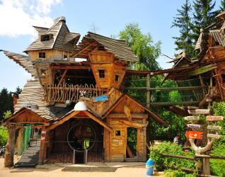 Freizeitpark Plohn Crazy House
