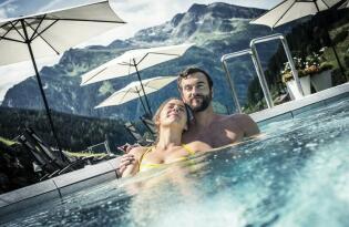 smart Hotel mit Besuch in der Felsentherme Gastein