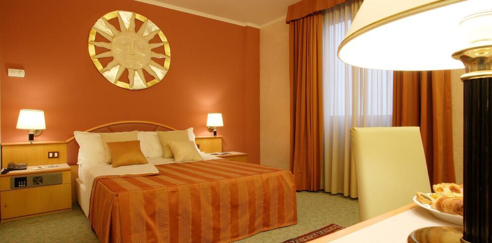 Antony Hotel 6209