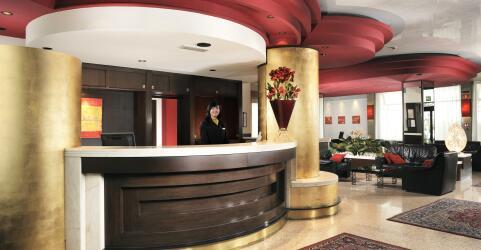Antony Hotel 2