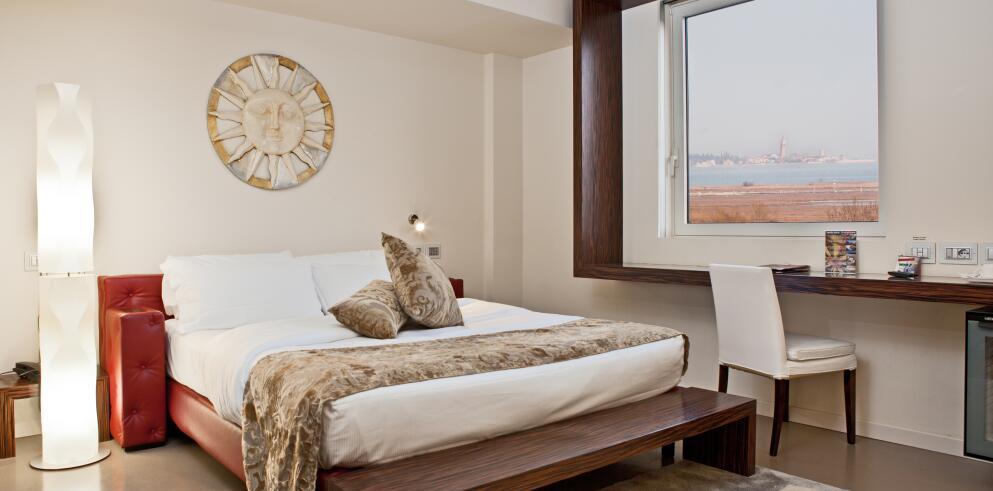 Antony Hotel 6215