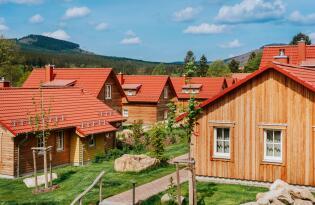 Wellness- und Aktivurlaub mit eigener Sauna und Blick auf die Berge