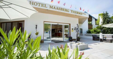 Hotel Maasberg Therme 1