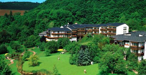 Hotel Maasberg Therme 0