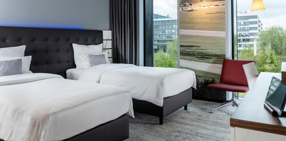 Nordport Plaza Hotel 66383