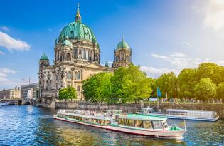 Entdecken Sie die Highlights Berlins entspannt vom Boot aus