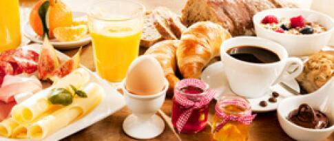 Einfaches Frühstück am Morgen der Rückfahrt