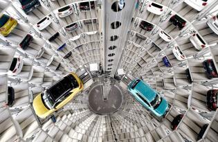 Auto-Fans aufgepasst – Erkunden Sie die riesige Autostadt in Wolfsburg