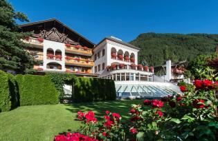 Modern-luxuriöses Wohlfühlambiente in den Südtiroler Alpen