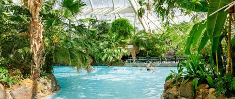 Freier Zugang zum tropischen Badeparadies Aqua Mundo