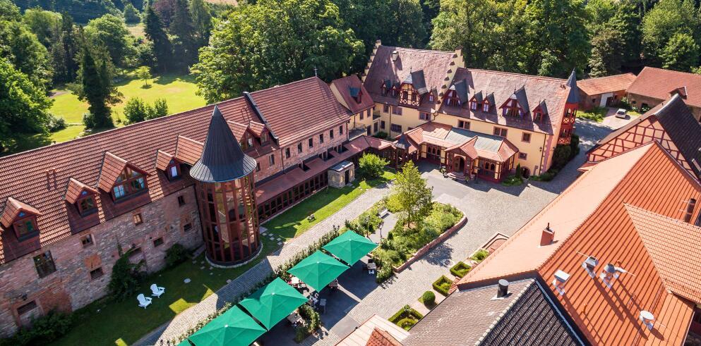 Schlosshotel Weyberhöfe 70108