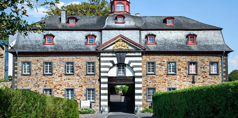 Schloss Burgbrohl 70589