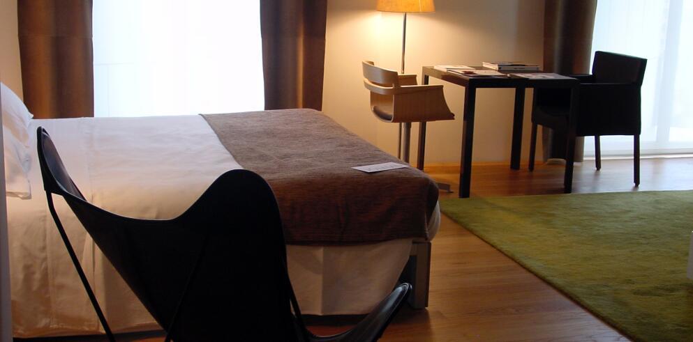 Hotel Omm 71