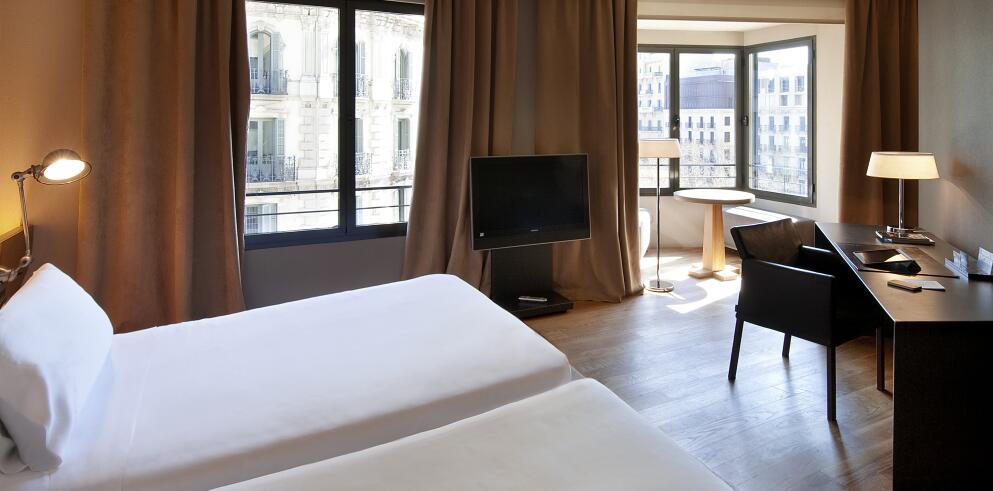 Hotel Omm 75