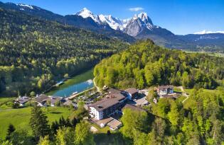 Lassen Sie sich von dramatisch schönem Alpenpanorama verzaubern