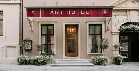 Art Hotel-1