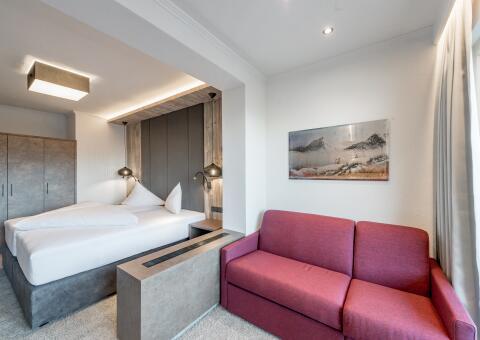 Zimmerbeispiel Doppelzimmer mit Bergblick
