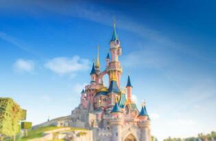 Lassen Sie sich verzaubern von der märchenhaften Welt in Disneyland®