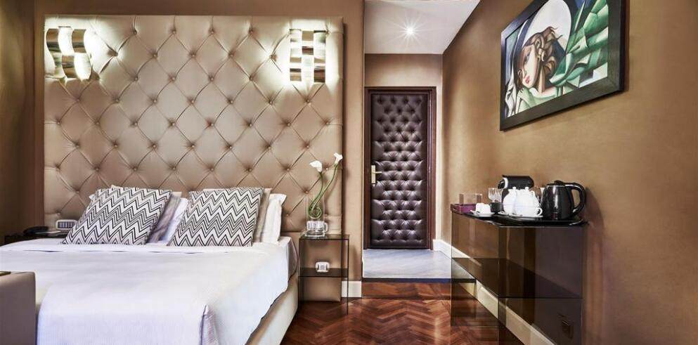Spagna Royal Suite 7955