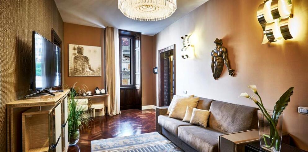 Spagna Royal Suite 7961