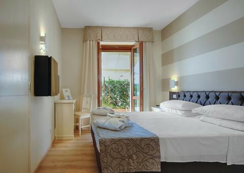 hotel-doumo-0